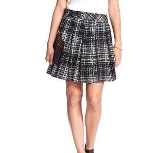 Banana Republic Black Plaid Pleated Circle Skirt